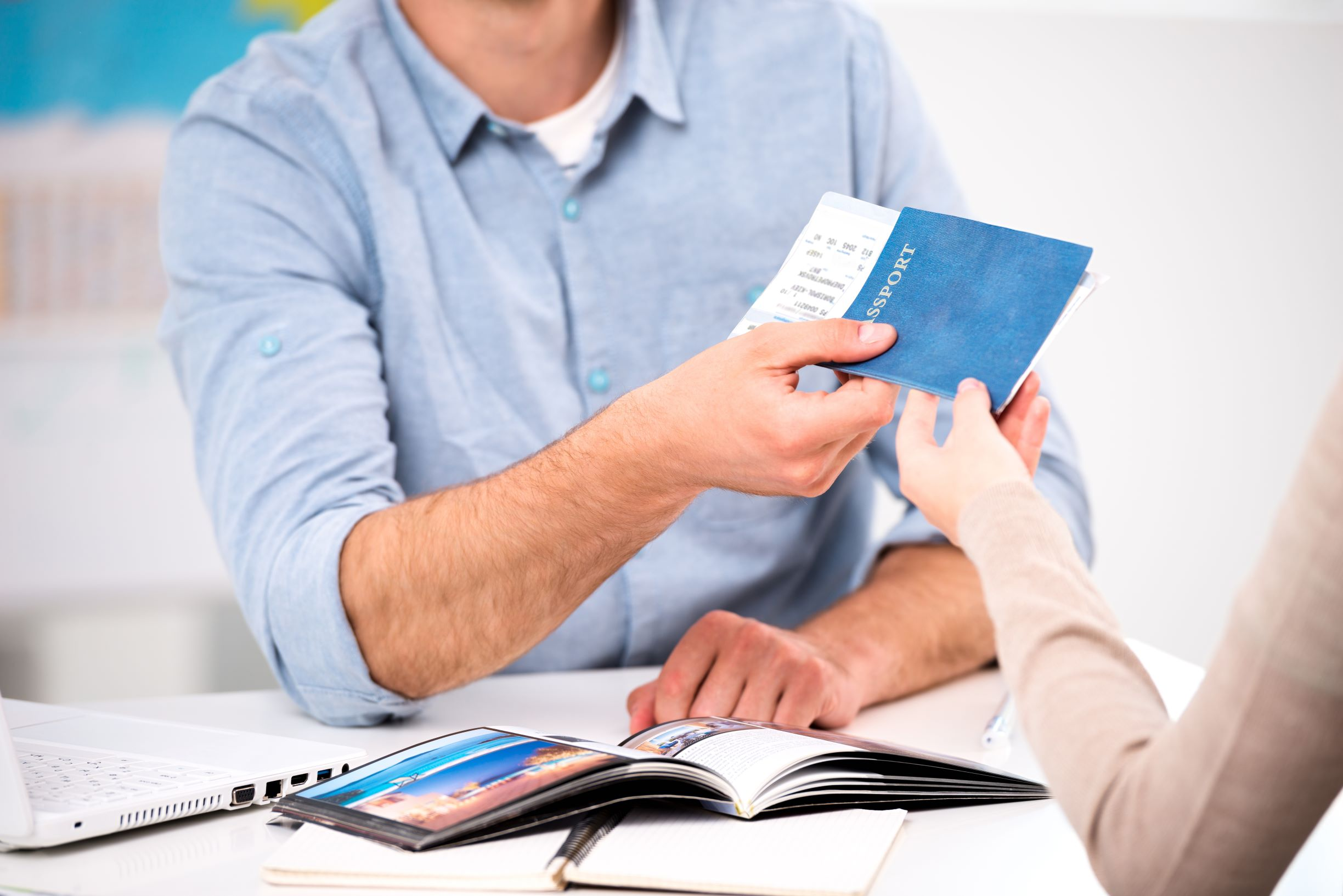 Migration agent helps customer with successful visa application